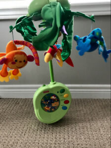 Fisher-price rainforest peek-a-boo musical mobile with remote