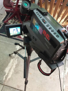 VSH CAMCORDER -PROFESSIONAL CAMCORDER RCA