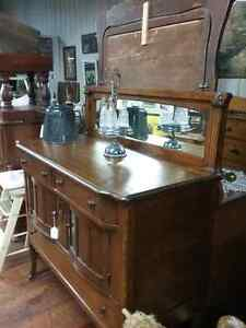 Stained glass, windows, sideboards 600 booths to explore  Cambridge Kitchener Area image 3
