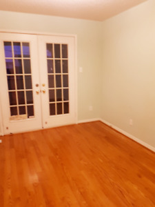 2 Rooms with Balcony for rent in Home