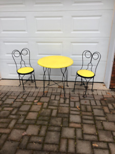 Ice Cream Parlour Table and chairs