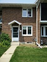 Newly Renovated 2 large bedroom Town house on Golf course