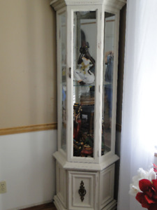 Lovely Curio Cabinet