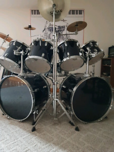 NEW PRICE!!! MINT!!!! Tama Swingstar Double Bass Kit
