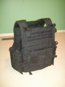 Airsoft plate carrier vest