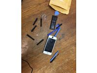 iPhone 5/5c original battery and original screen with all parts