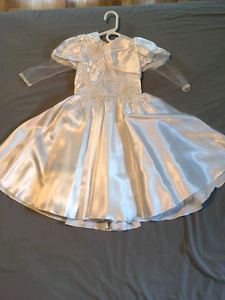Robe de mariage / communion enfant