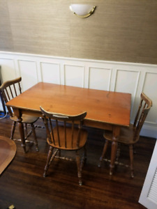Harvest wooden table with 6 chairs