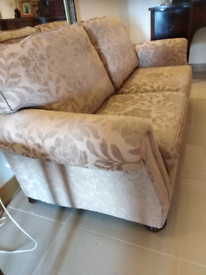 Sofa 2 seater settee excellent condition