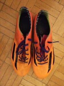 Second-hand soccer cleats -- YOU DO NOT WANNA MISS!!!