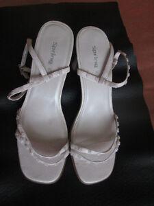 Sandales et sac à mains assorti