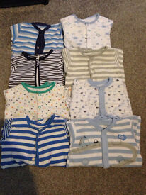 Vests and sleepsuits