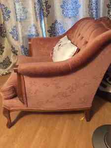 ANTIQUE ACCENT CHAIR St. John's Newfoundland image 1