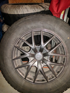Set of 4 Winter tires with alloy rims from Honda Odyssey