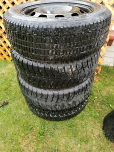 set of Winter tires 195/65R15