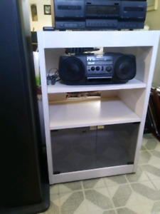 TV or Sterio shelve unit