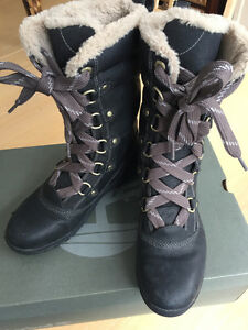 Women's Timberland Earthkeepers Mount Hope Mid Black Leather 7.5