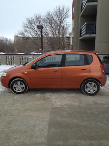 2007 Pontiac Wave Hatchback willing to hear offers