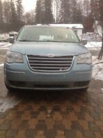Luxury 2008 Chrysler town&country limited