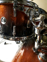 Experienced Drummer Available