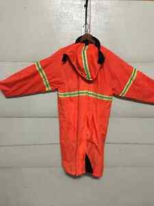 Sawyer Tower Security Raincoat West Island Greater Montréal image 1