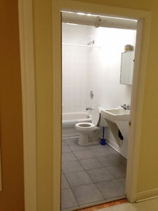 rooms available4 rent. Everything included Gatineau Ottawa / Gatineau Area image 3