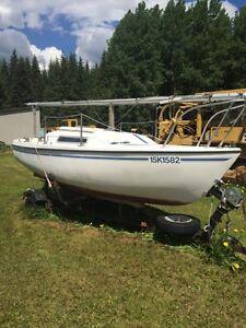 Macgregor Venture 17 sail boat