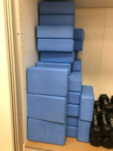 Dumbells & Yoga Blocks