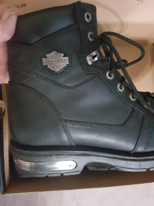 Mens Harley Boots  ( NEW) sz 11