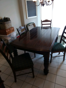 6 Seater Kitchen Table