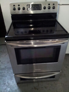 Stainless stove and fridge for sale 647 704 3868