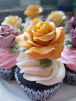 Custom made cupcakes. Cakes .and cookies