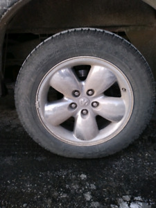 2004 Dodge Ram Rims and tires also folding trailer mirrors