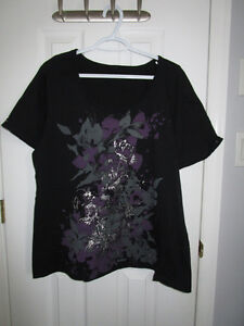 Ladies plus size black pattern short sleeve from Penningtons 1X