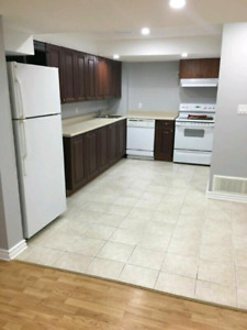 basement Bachelor suite available now walk to UBC 850$ all Inc