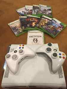 Xbox 360, 2 controllers and many games