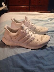 Adidas ultraboost triple white 1.0