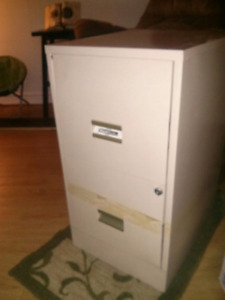 $15  Metal 2 Drawer Filing Cabinet