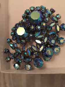 Vintage Signed Sherman Aurora Sapphire blue Brooch and earrings