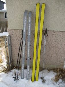 ONE PAIR OF 1970 SKIS & POLES FROM GRAMPAS ESTATE