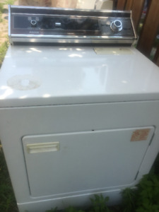 Dryer - Admiral - PARTS or SCRAP - or you Repair