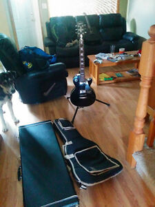 Epiphone Les paul style for sale w/ soft and hard cases
