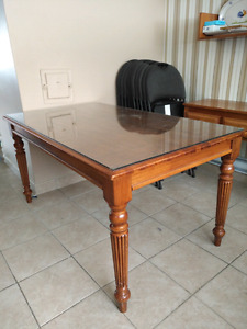 Solid wood table with removeable glass top !!