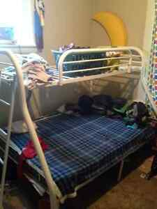 Free used metal bunk bed Stratford Kitchener Area image 1