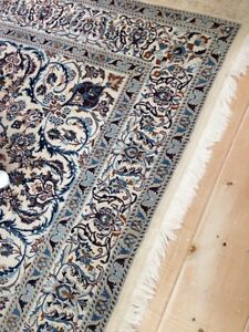Thick blue/white wool rug