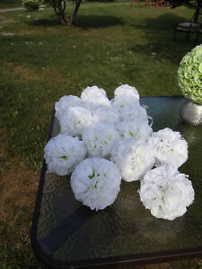 20 Pomanders - White with light green centre - Like New Cambridge Kitchener Area image 2