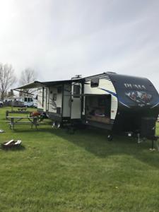 2019 32' PUMA Travel Trailer (Model 32FBIS)