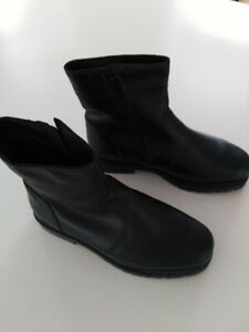 Men's Leather Boots, Size 10 1/2 $60