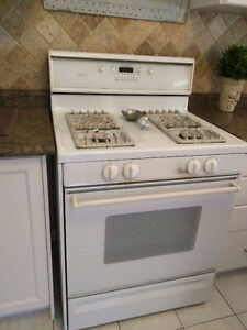 Amana Self Cleaning Gas Range $150.00 or BEST OFFER