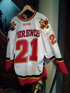 GAME WORN 2003-2004 ANDREW FERENCE CALGARY JERSEY